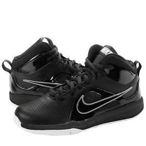 Nike Team hustle boys black basketball shoes